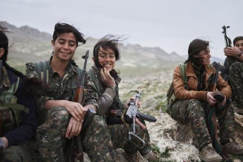 Женщины-партизаны курдских отрядов