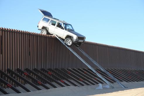Американо-мексиканская стена