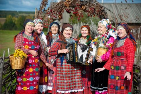 Фольклорный ансамбль «Бурановские бабушки»