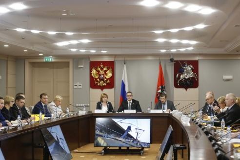 Заседание  комиссии  Мосгордумы по безопасности по проблеме «зацепинга»