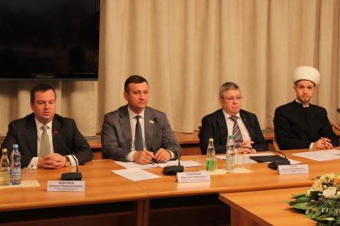 Круглый стол «Альтернативный банкинг в России: перспективы и законодательная инициатива». 15 мая 2015 г.