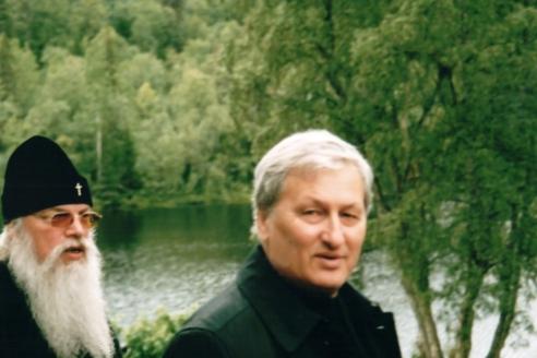 19 лет вместе. С архиепископом Костромск им и Галичским Алексием (Фроловым, 1947 – 2013 гг.)
