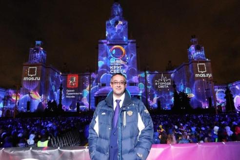 Председатель  Мосгордумы А.В. Шапошников на международном фестивале «Круг света»