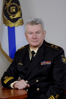 Командующий Северным флотом вице-адмирал Н.А.Евменов
