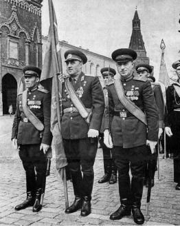 Парад победы на Красной площади, посвящённый 20-летию победы в Великой Отечественной войне. 1965 г.