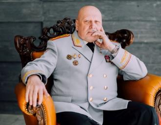 А. Михайлов