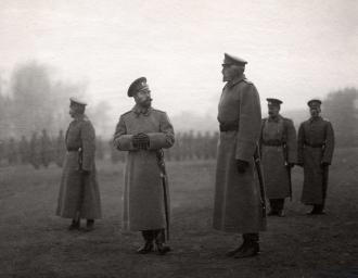 Император Николай II и главнокомандующий Русской армией Великий князь Николай Николаевич. 1914 г.